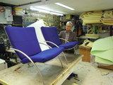 hergestoffeerde fauteuils met meubelstof van Kvadrat_9