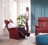 Deze relaxfauteuil  mat accu en handbedieing in de showroom_9