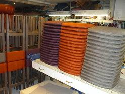 herstoffering-van-barkrukken-en-stoelen-in-grote-hoeveelheden-ook-voor-de-horeca-enz