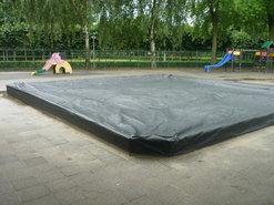 afdek-hoes-voor-zandbak--basis-school-de-polderhof-in-oss